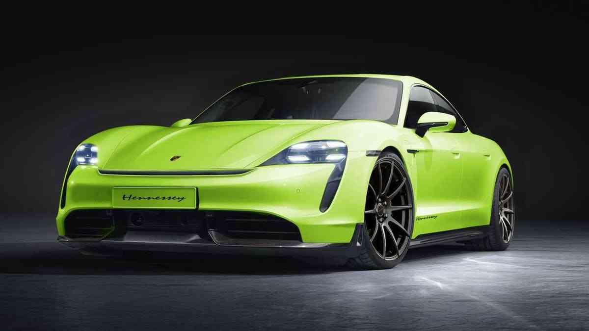 A empresa americana de tuning Hennessey anunciou recentemente que irá assumir seu primeiro projeto de carro elétrico, o Porsche Taycan.