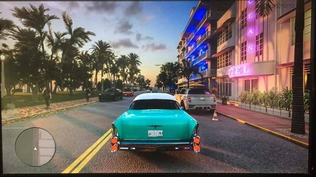 Uma suposta screenshot de Grand Theft Auto 6 está a circular na internet, a imagem foi tirada de um monitor e mostra o jogo em Vice City.