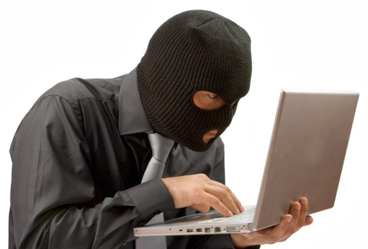 Pesquisar Among Us no Twitter ou no subreddit do jogo revelará longas listas de reclamações sobre as experiências ruins com hackers.