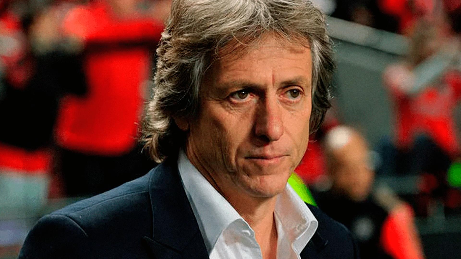 O treinador Jorge Jesus fez história no Flamengo, chegou ao Brasil assinando por uma época, nesse ano ganhou a Libertadores.