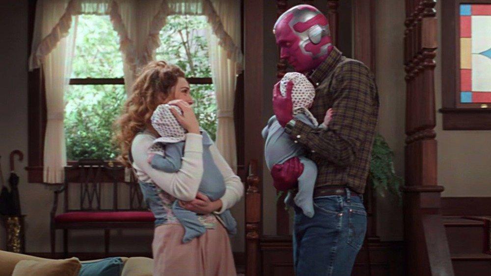Wanda e Visão com os seus filhos.