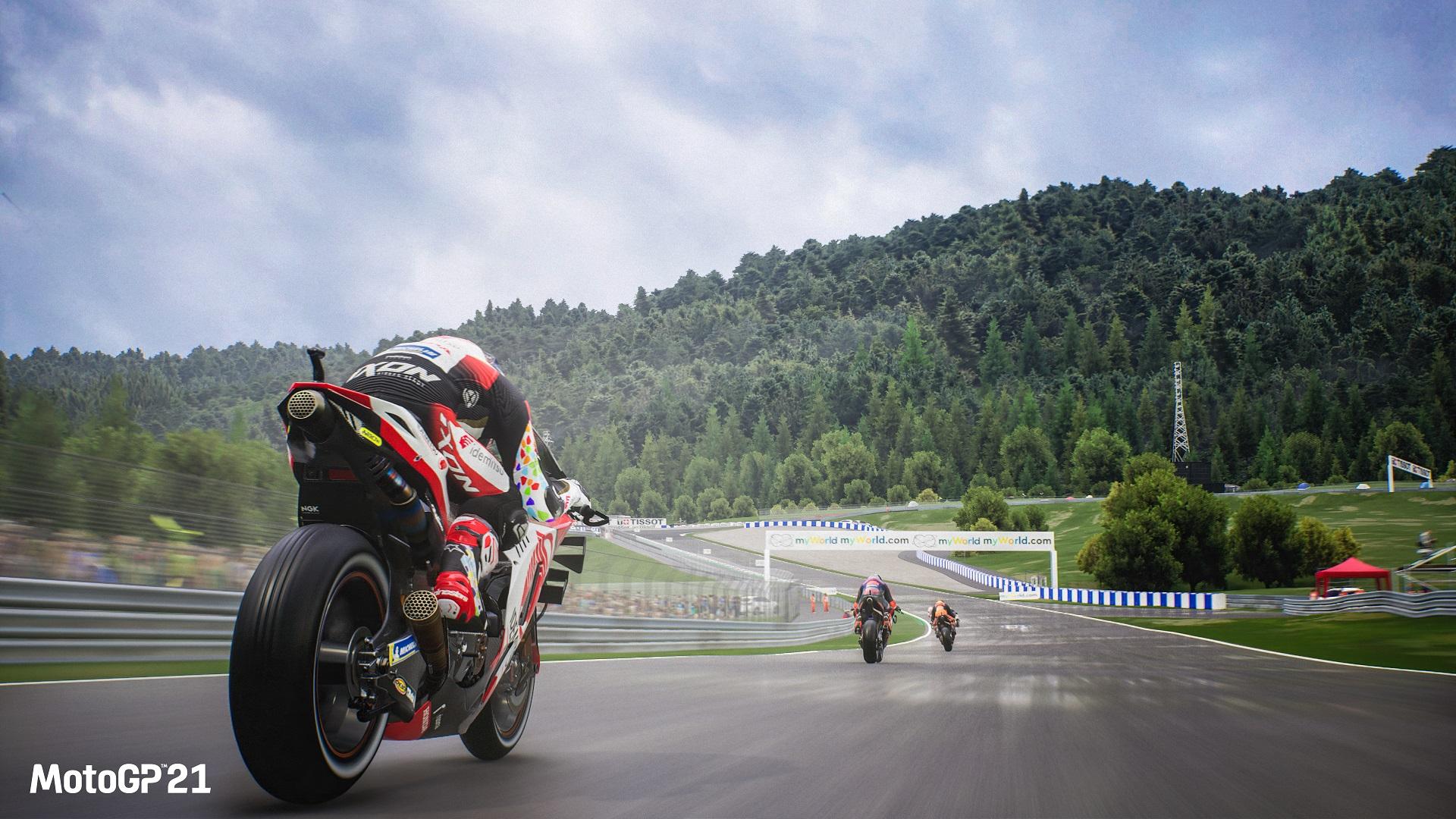 """A Milestone compartilhou um novo gameplay de MotoGP 21 no """"Autódromo Internacional do Algarve"""" em Portimão, Portugal."""